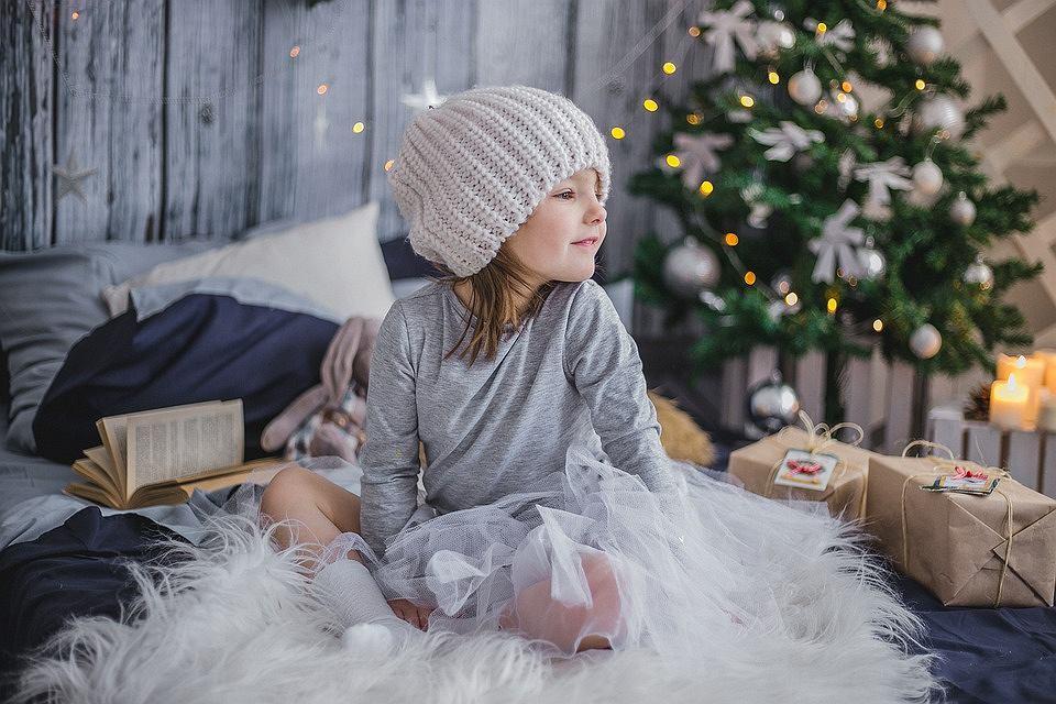 Propozycje gwiazdkowego prezentu dla dziecka w różnym wieku.