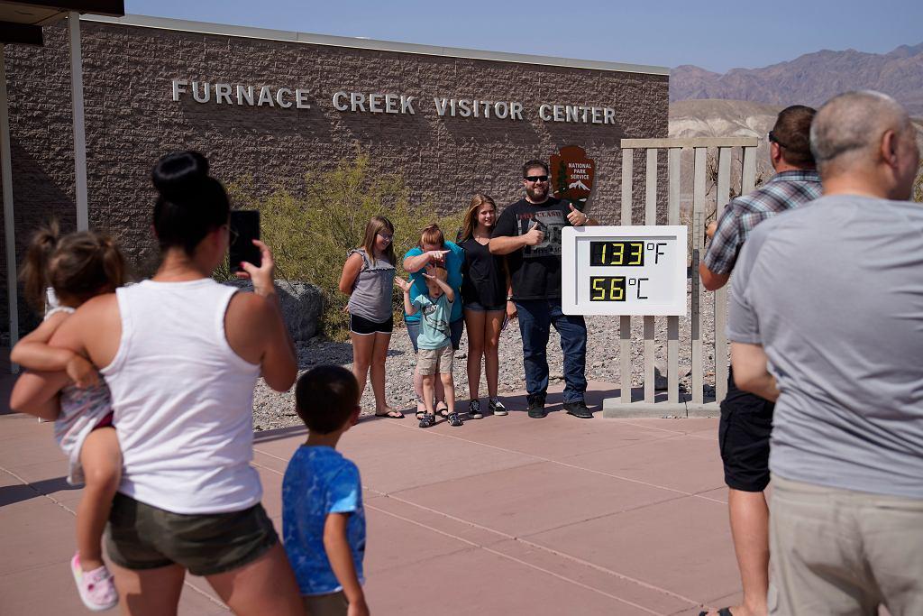Dolina Śmierci w Kalifornii, gdzie padają rekordy ekstremalnie wysokich temperatur, 11 lipca 2021 r.