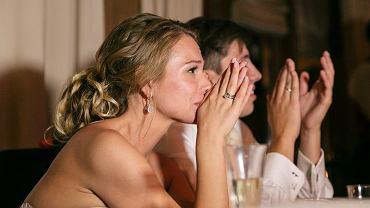 Panna młoda odwołała wesele po tym, jak znajomi nie chcieli wpłacić po ok. 5300 zł na sfinansowanie go. 'Nóż prosto w serce' (zdjęcie ilustracyjne)