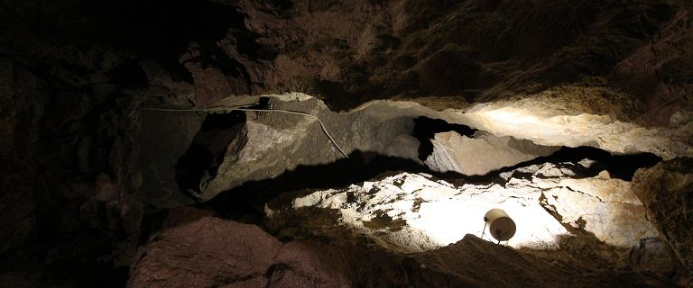 Akcja GOPR w Jaskini Wszystkich Świętych. Grotołaz spadł z kilku metrów