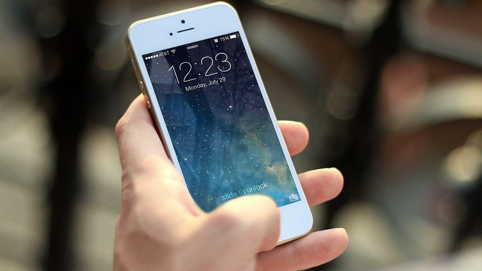Nowe informacje na temat iPhone 12. Będzie działał w pełnym spektrum 5G? | Technologie na Next Gazeta