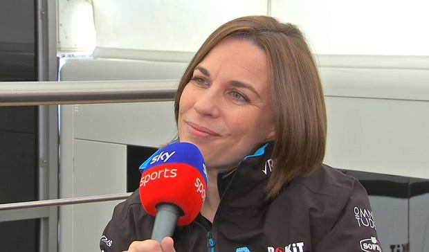 Claire Williams podczas testów F1 w Montmelo