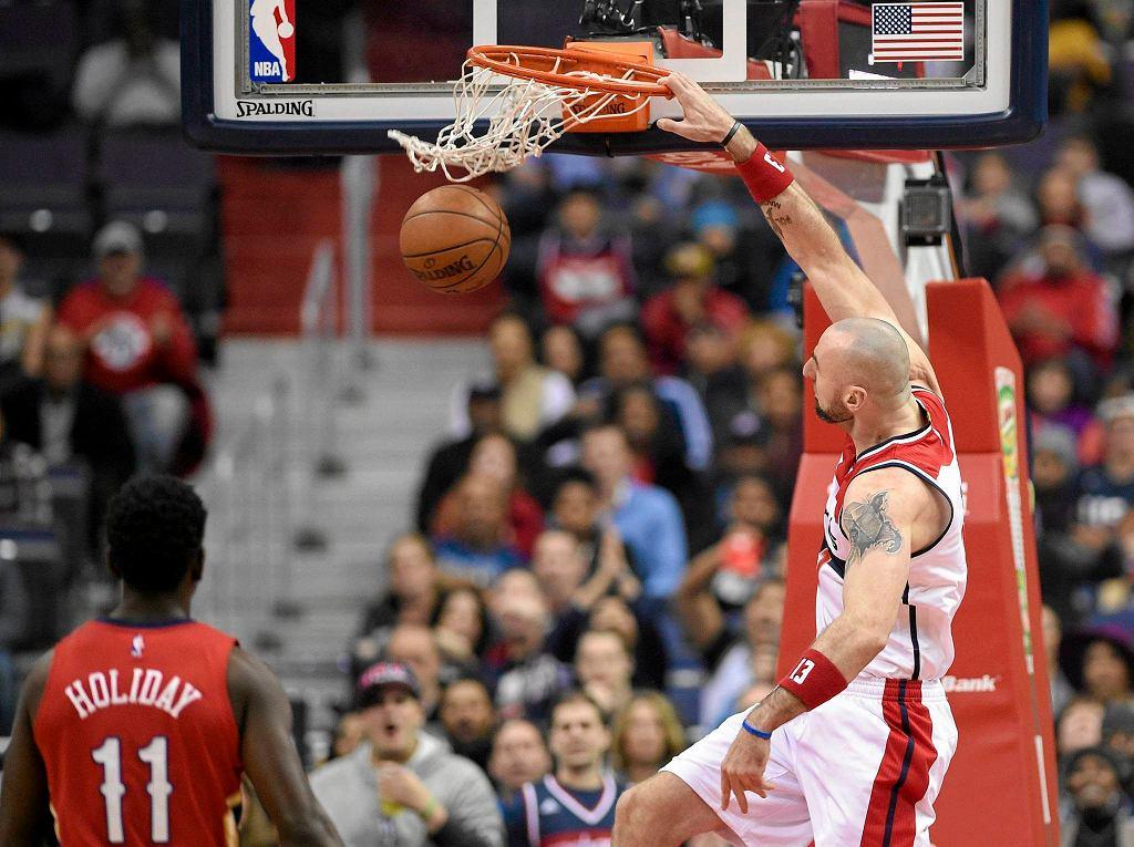 Marcin Gortat podczas meczu Washington Wizards - New Orleans Pelicans