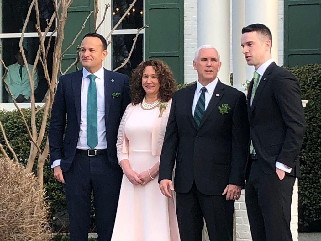 Spotkanie dwóch światów. Premier Irlandii z partnerem, oraz wiceprezydent USA z