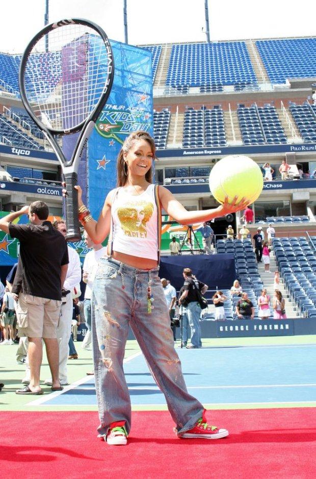 Rihanna w 2005 roku