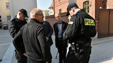 'Murem za Dorotą'. Akcja wsparcia sędziów z Olsztyna dla olsztyńskiej sędzi Doroty Lutostańskiej