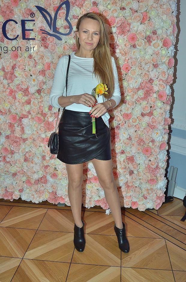 Anna Guzik na Caprice