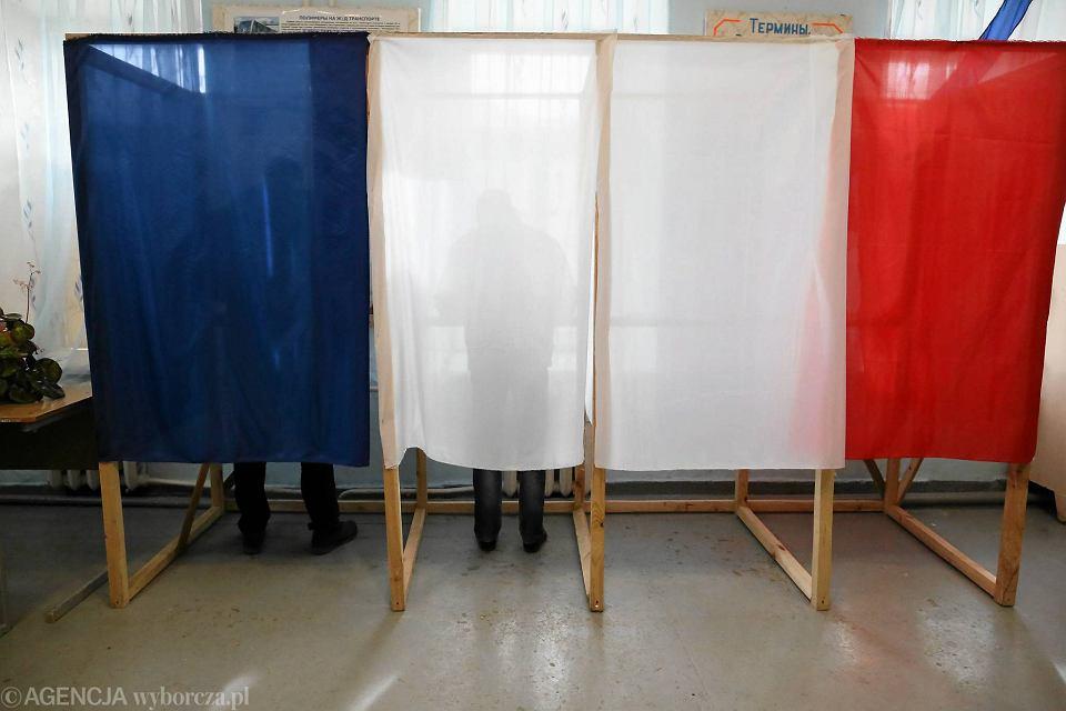 Jeden z lokali wyborczych w technikum w Symferopolu