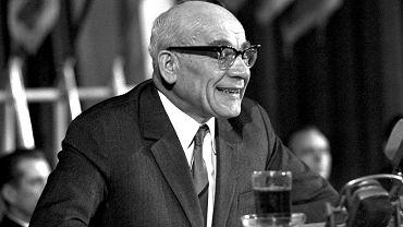 Gomułka przemawia do aktywu partyjnego w Sali Kongresowej PKiN 19 marca 1968 r.