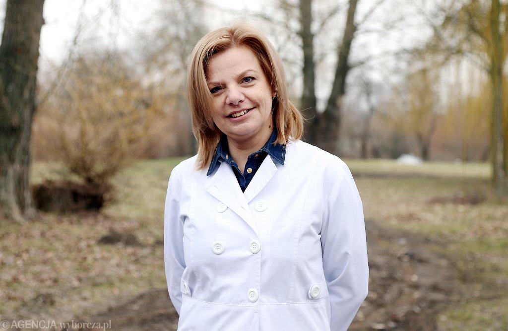 Justyna Ulińska, zastępca ordynatora Oddziału Zakaźnego Szpitala Wojewódzkiego na Winiarach. Płock, 4 marca 2021