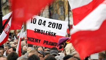 Warszawa. Demonstracja w 1. rocznicę katastrofy smoleńskiej