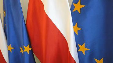 Flagi Unii Europejskiej i Polski