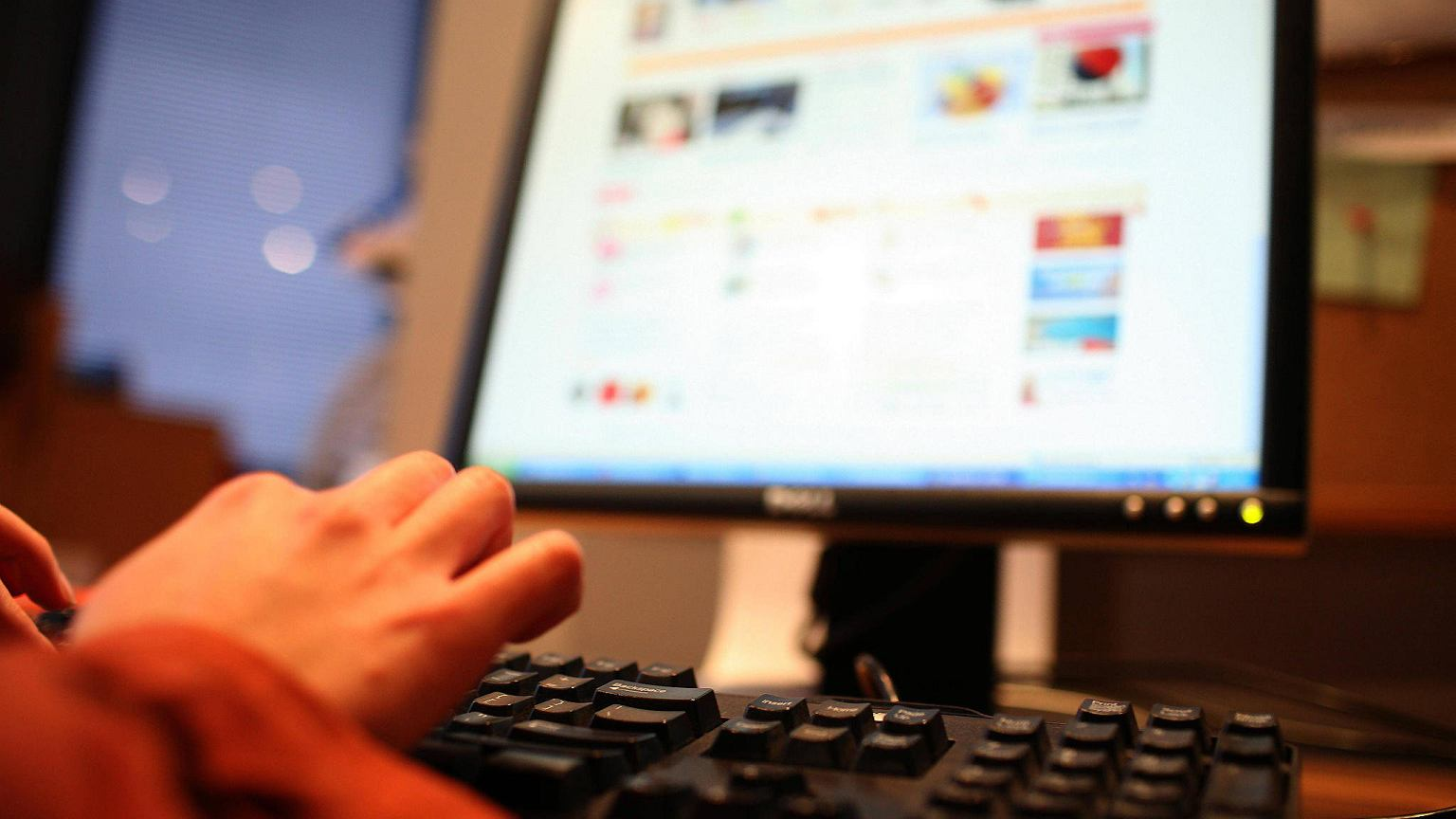Jak założyć profil zaufany? Pozwala załatwić urzędowe sprawy z domu   Technologie na Next Gazeta