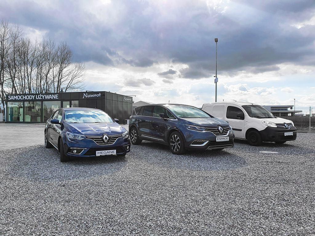 W Długołęce powstaje nowy salon samochodów używanych Nawrot