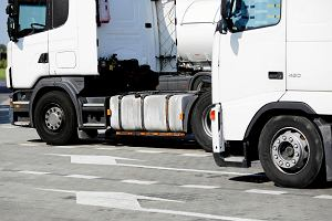 Pijany kierowca 40-tonowej ciężarówki - na autostradzie zatrzymali go dwaj cywile