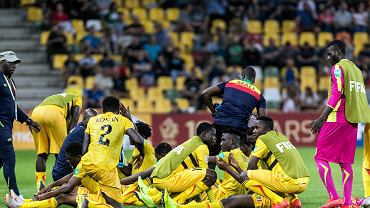 Mali awansowało do ćwierćfinału mistrzostw świata do lat 20. Afrykańska drużyna w 1/8 finału w Bielsku-Białej zremisowała z Argentyną (2:2). W rzutach karnych piłkarze z Afryki byli jednak bezbłędni (5:4).