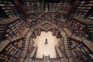 Chiny mogą się pochwalić rajem dla moli książkowych. Futurystyczna księgarnia stała się hitem wśród turystów
