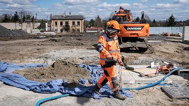 Prace przy przebudowanie układu komunikacyjnego w Dąbrowie Górniczej