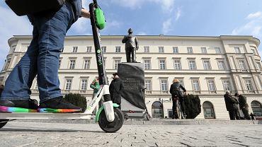 Hulajnogi elektryczne w Warszawie