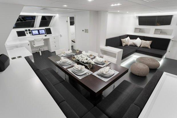 Wnętrze jachtu powstałego w Stoczni Gdańskiej. Producent: Sunreef Yachts