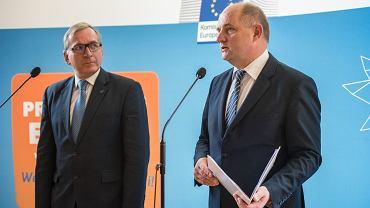 Debata obywatelska w Ratuszu Staromiejskim w Toruniu z udziałem Wolfganga Muncha i Piotra Całbeckiego