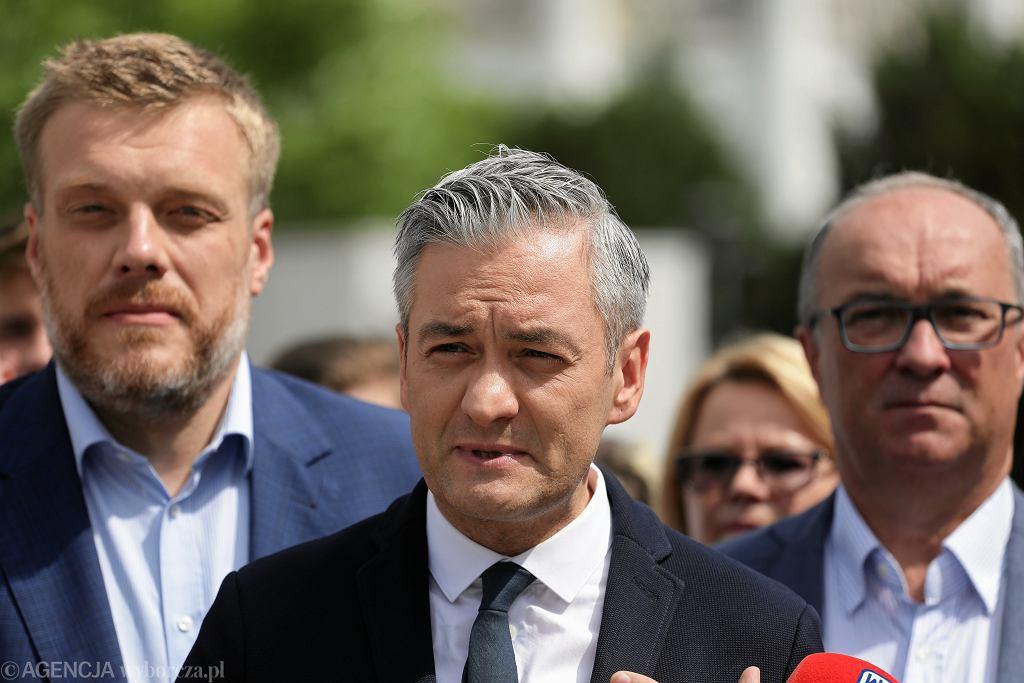 Liderzy Lewicy - od lewej Adrian Zandberg, Robert Biedroń i Włodzimierz Czarzasty