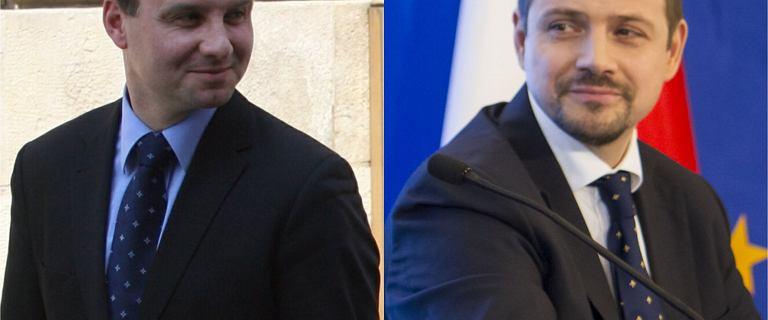 Andrzej Duda i Rafał Trzaskowski w polityce są od lat. Mocno się zmienili. Prezydent stolicy zapuścił włosy, a prezydent Polski... ma ich mniej
