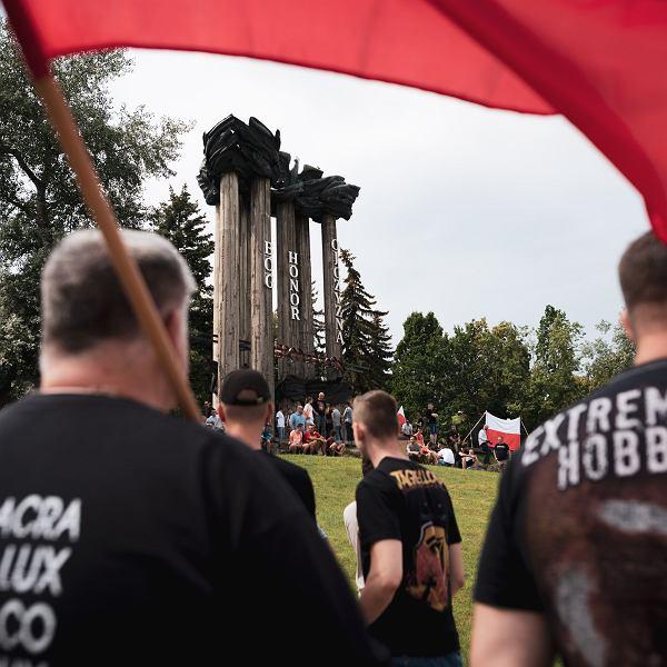20.07.2019, Narodowcy blokują Marsz Równości w Białymstoku