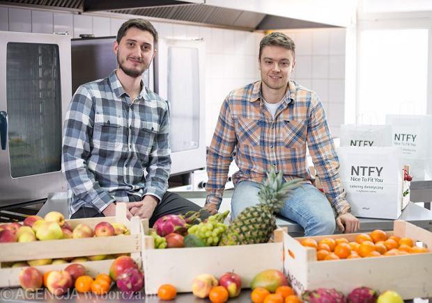 Biznes cateringu dietetycznego od kuchni