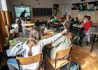 """""""Odsuń się grubasie"""", """"Nie pasujesz tu"""". Psycholog: Szkoła ma obowiązek, by rozwiązać problem gnębienia w klasie"""