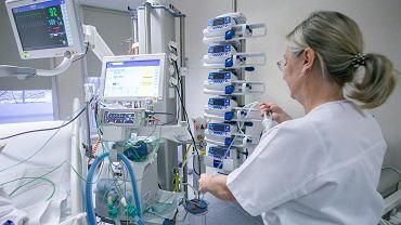 70 respiratorów rozdysponowanych zostanie między 16 szpitali na Pomorzu Zachodnim