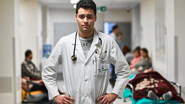 Dr Tomasz Karauda