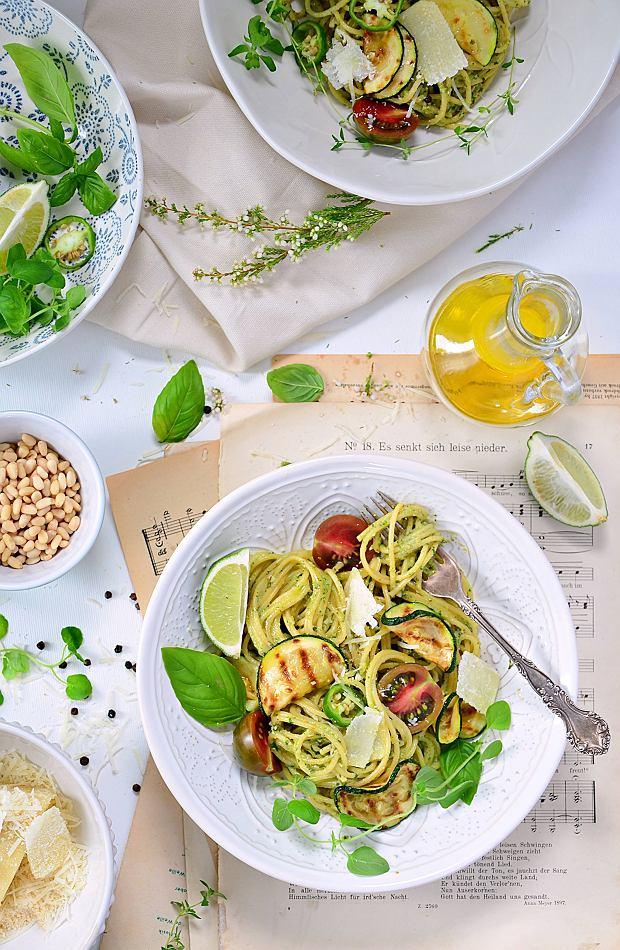 Spaghetti, lasagne, a może makaron soba? Celebrujmy Światowy Dzień Makaronu