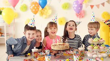 Zabawy urodzinowe muszą być różnorodne i ciekawe. Zdjęcie ilustracyjne