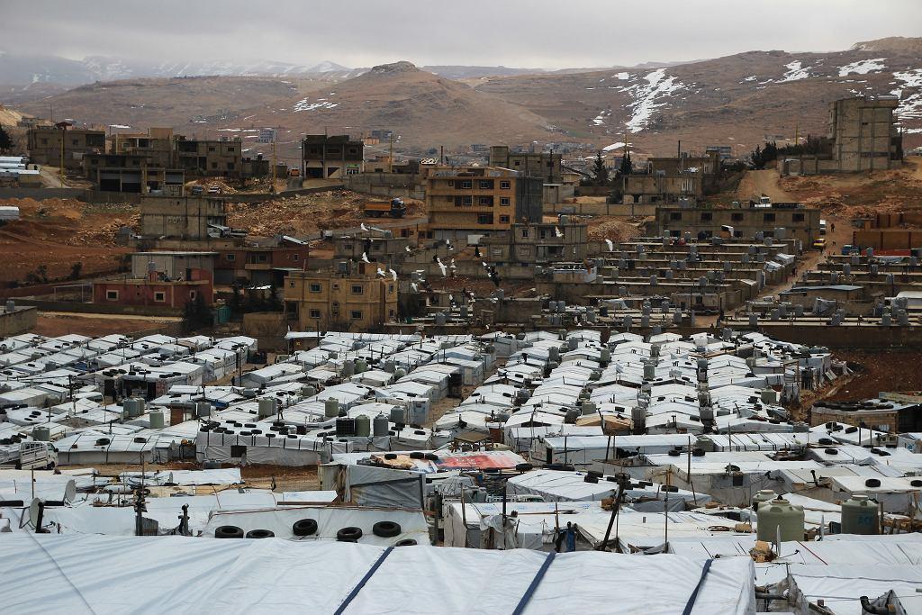 W Libanie nie ma wielkich obozów dla uchodźców, takich jak te w Jordanii. Jednak niektóre nieformalne obozowiska w Arsalu liczą nawet ok. 100 namiotów