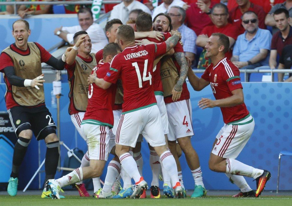 Euro 2016. Węgry - Portugalia 3:3. Z numerem 14 Gergo Lovrencsics z Lecha Poznań
