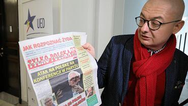 Antysemickie treści w sejmowym kiosku. Michał Kamiński oczekuje reakcji ze strony marszałka Kuchcińskiego
