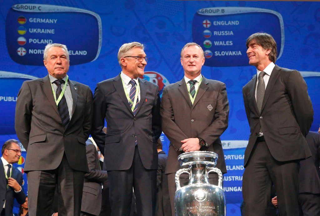 Adam Nawalka w towarzystwie trenerów Ukrainy, Irlandii Północnej i Niemiec
