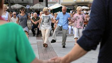 Koncert plenerowy i warsztaty tańca na Rynku w ramach festiwalu 'Zachor'