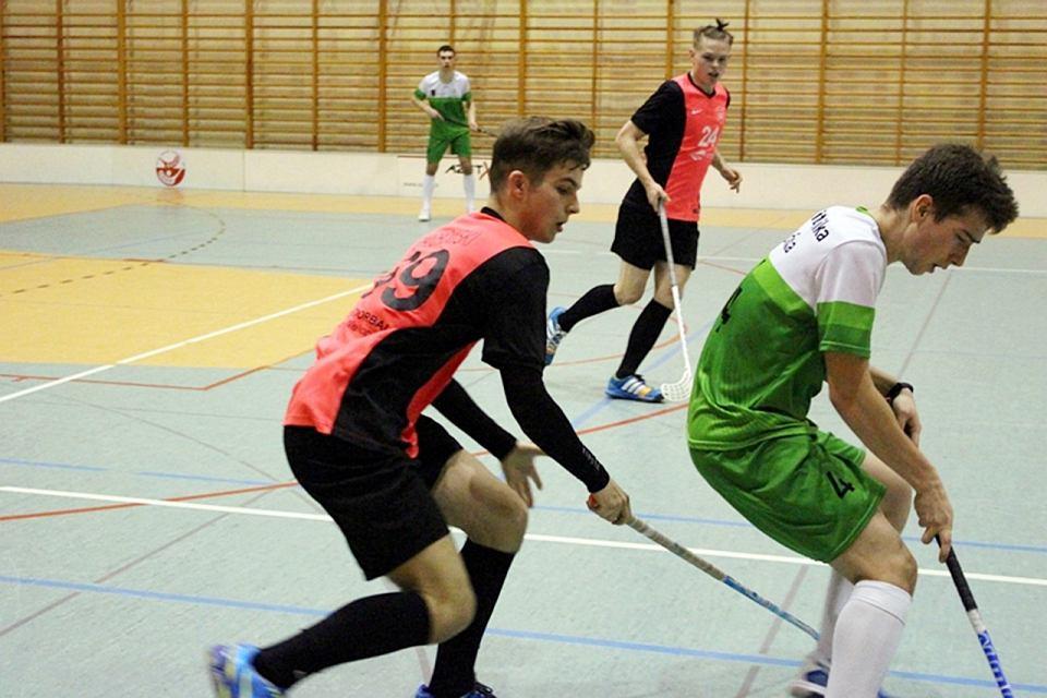 Zdjęcie numer 2 w galerii - Zespół I LO w ligowym debiucie ciągle ma szansę być piątym w Polsce