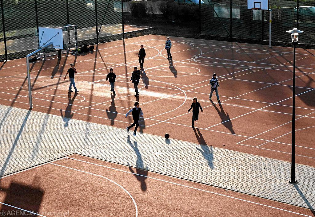Prezydent Sopotu apeluje do premiera o zawieszenie międzyszkolnych rozgrywek. 'Po raz kolejny wychodzi brak konsultacji rządu z samorządem';