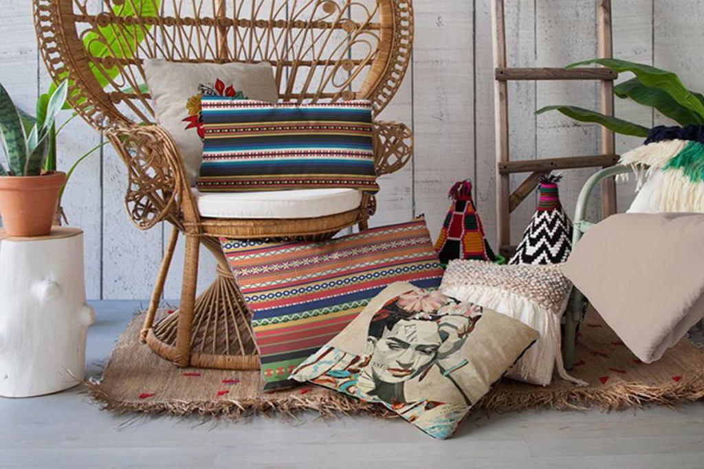 Poduszka z wizerunkiem Fridy Kahlo.