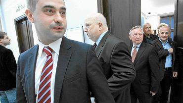 Krzysztof Gawkowski, w tle Józef Oleksy. Zdjęcie z maja 2013