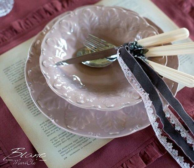 5 rad, jak udekorować stół na imprezę karnawałową