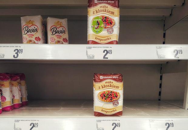 Młynarze nie wyrabiają z produkcją mąki. Szykują się podwyżki cen m.in. chleba i makaronu
