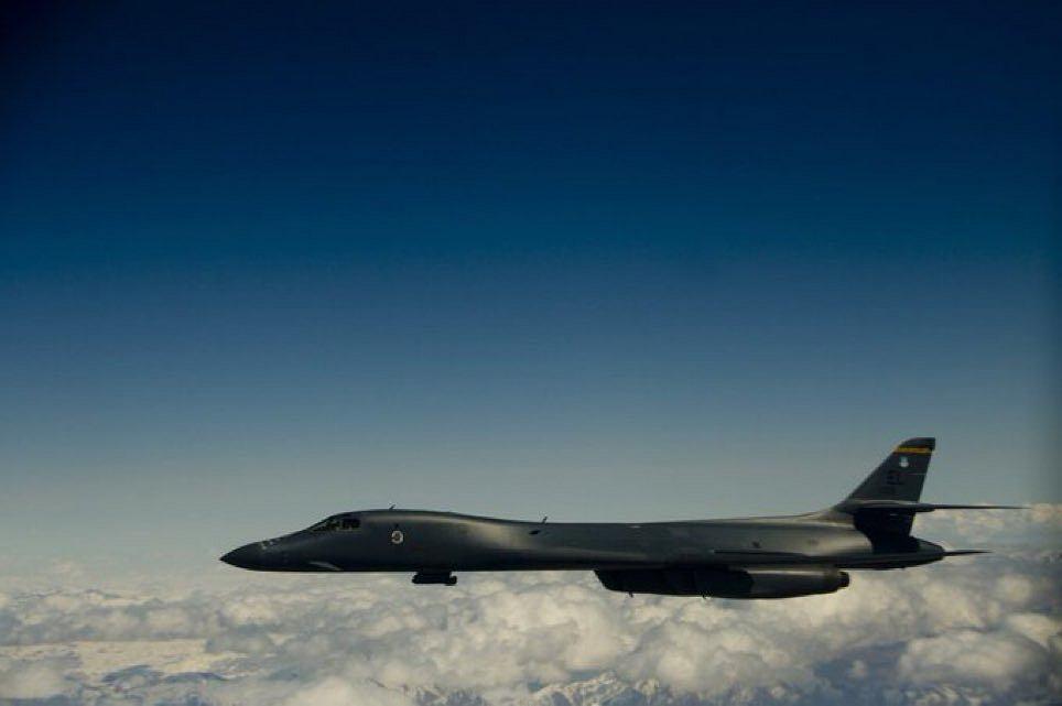 Amerykański bombowiec przeleciał nad Polską