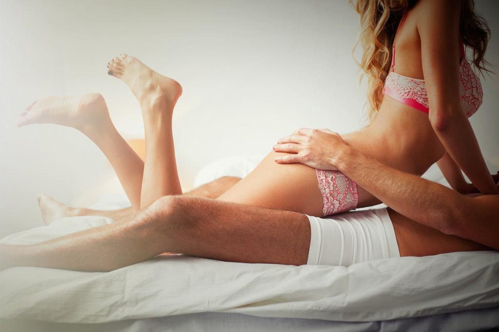 Wzwód, czyli erekcja, to powiększenie i usztywnienie narządu, który składa się z ciał jamistych