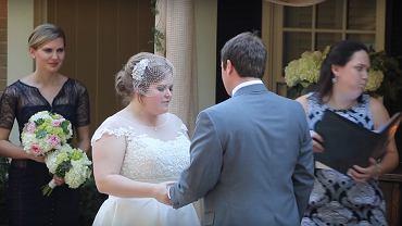 Urzędniczka stanu cywilnego źle się poczuła na ślubie, którego udzielała