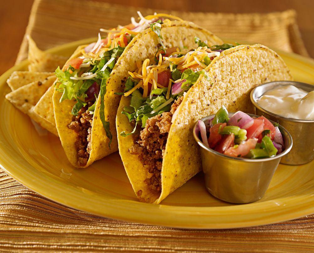Kuchnia Meksykańska Chili Tacos I Kurczak W Czekoladzie