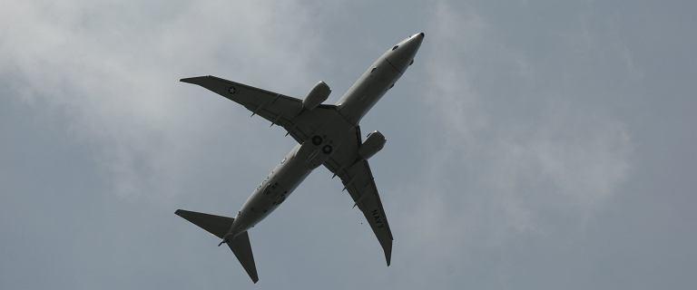 Ewakuacja z Indii. Samolot z polskim dyplomatą na pokładzie wylądował